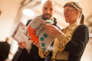 """Kristien Ring wird im DAZ eine Ausstellung zum Thema """"URBAN LIVING: From Self-Made City to Future Strategies"""" präsentieren. Die Ausstellungseröffnung findet am 21. Mai 2015 statt, und sie ist bis zum 4. Juli 2015 im DAZ zu sehen. Merken Sie sich diesen Termin vor!Zu Gast im DAZ: Das Buch """"URBAN LIVING – Strategien für das zukünftige Wohnen"""", herausgegeben von Kristien Ring, AA Projects, in Kooperation mit der Senatsverwaltung für Stadtentwicklung und Umwelt Berlin, wird an diesem Abend vorgestellt. Es folgt ein Vortrag von Jean-Philippe Vassal (Lacaton&Vassal, Paris, Mitglied der Jury des URBAN-LIVING-Verfahrens) und ein anschließendes Gespräch mit Senatsbaudirektorin Regula Lüscher."""
